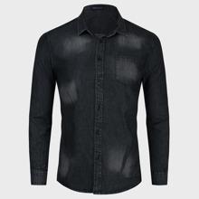 Denim Hemd mit Waschung und Knopfen