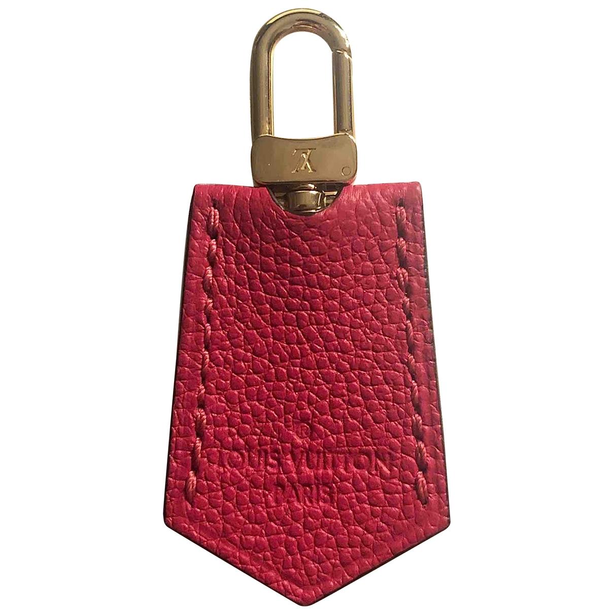 Louis Vuitton \N Taschenschmuck in  Rosa Leder