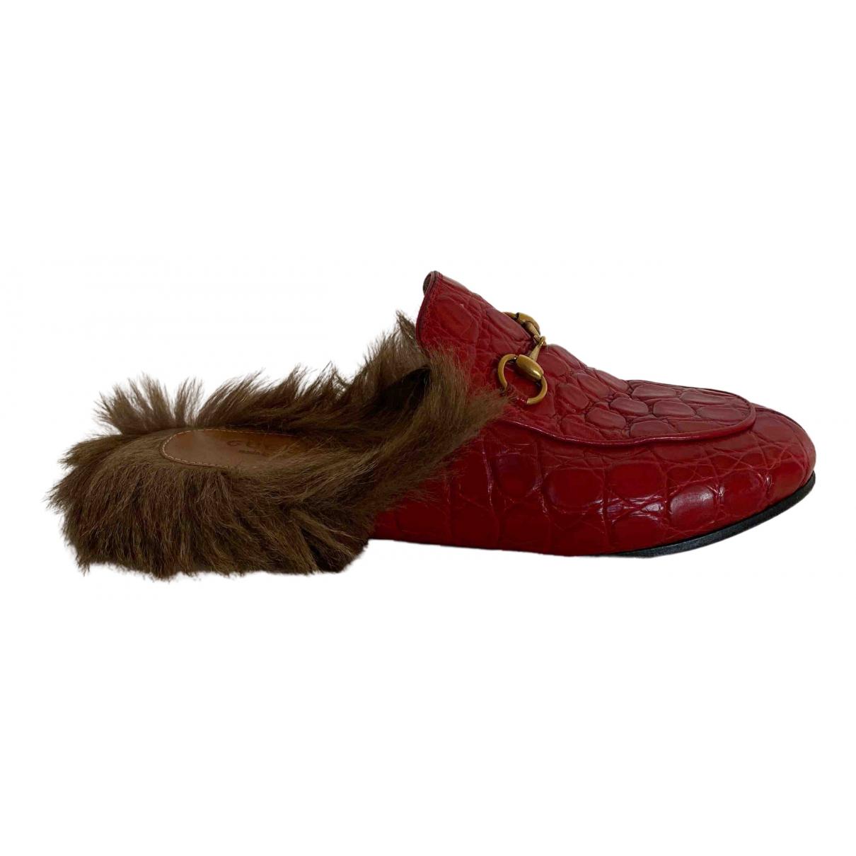 Gucci Princetown Mokassins in  Rot Krokodil