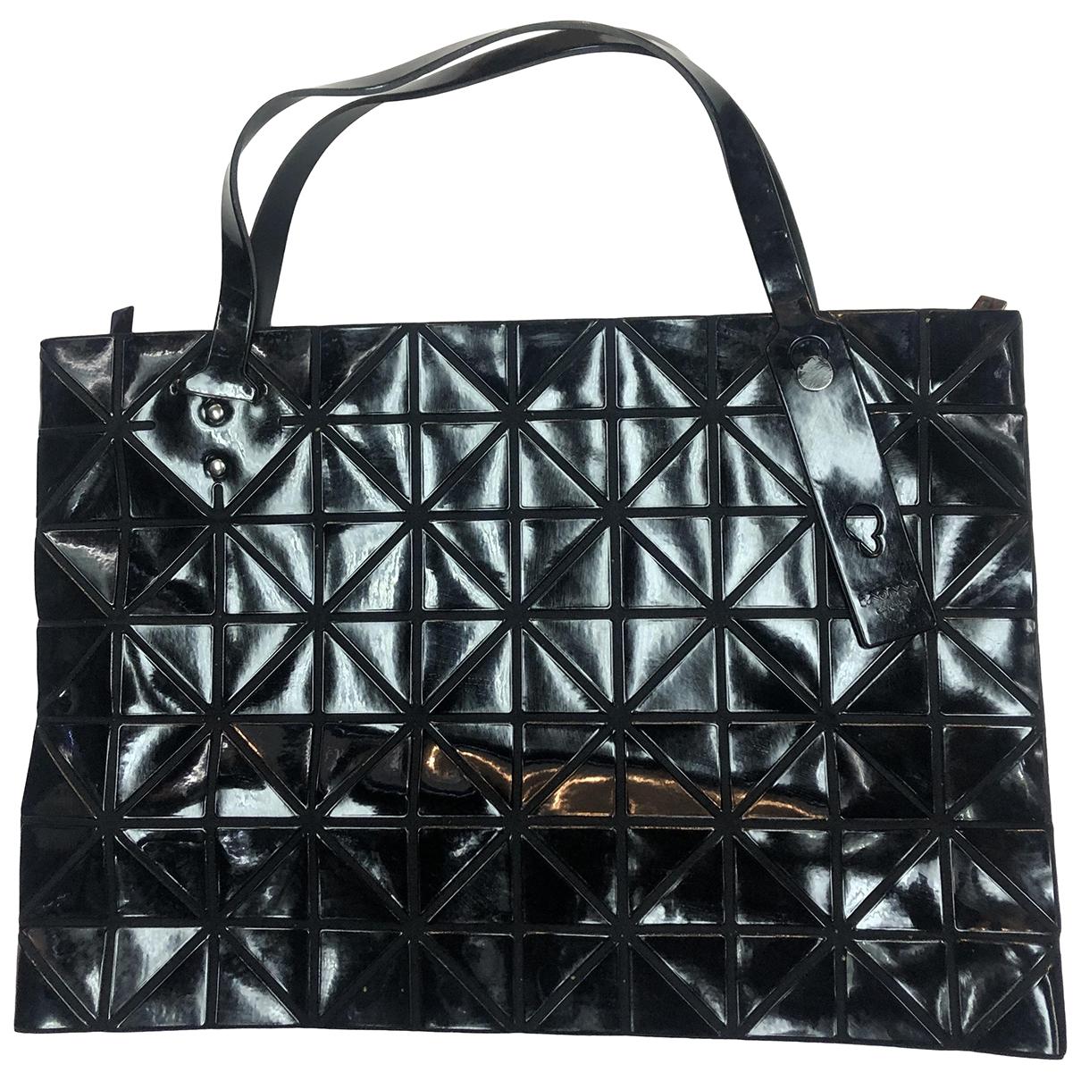 Issey Miyake \N Handtasche in  Schwarz Kunststoff