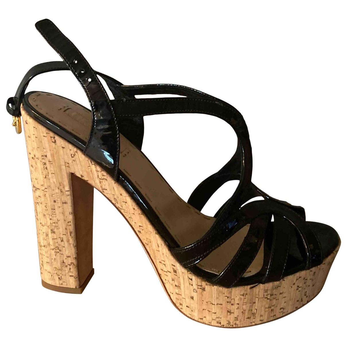 Sandalias de Charol Prada