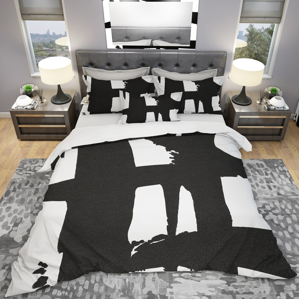 Designart 'Black & White Crossing Paths II' Geometric Bedding Set - Duvet Cover & Shams (Full/Queen Cover +2 Shams (comforter not included))
