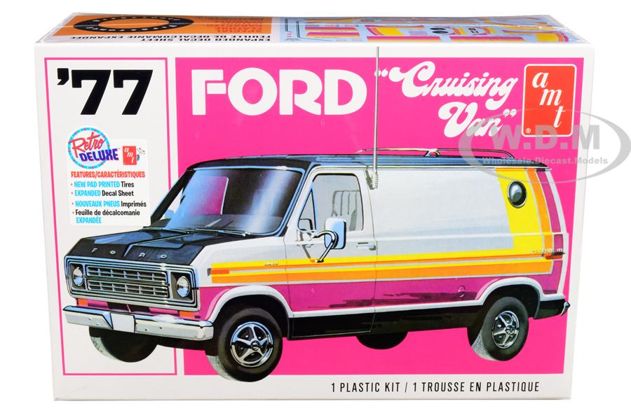 Skill 2 Model Kit 1977 Ford