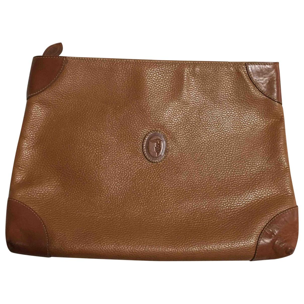 Trussardi \N Leather Clutch bag for Women \N