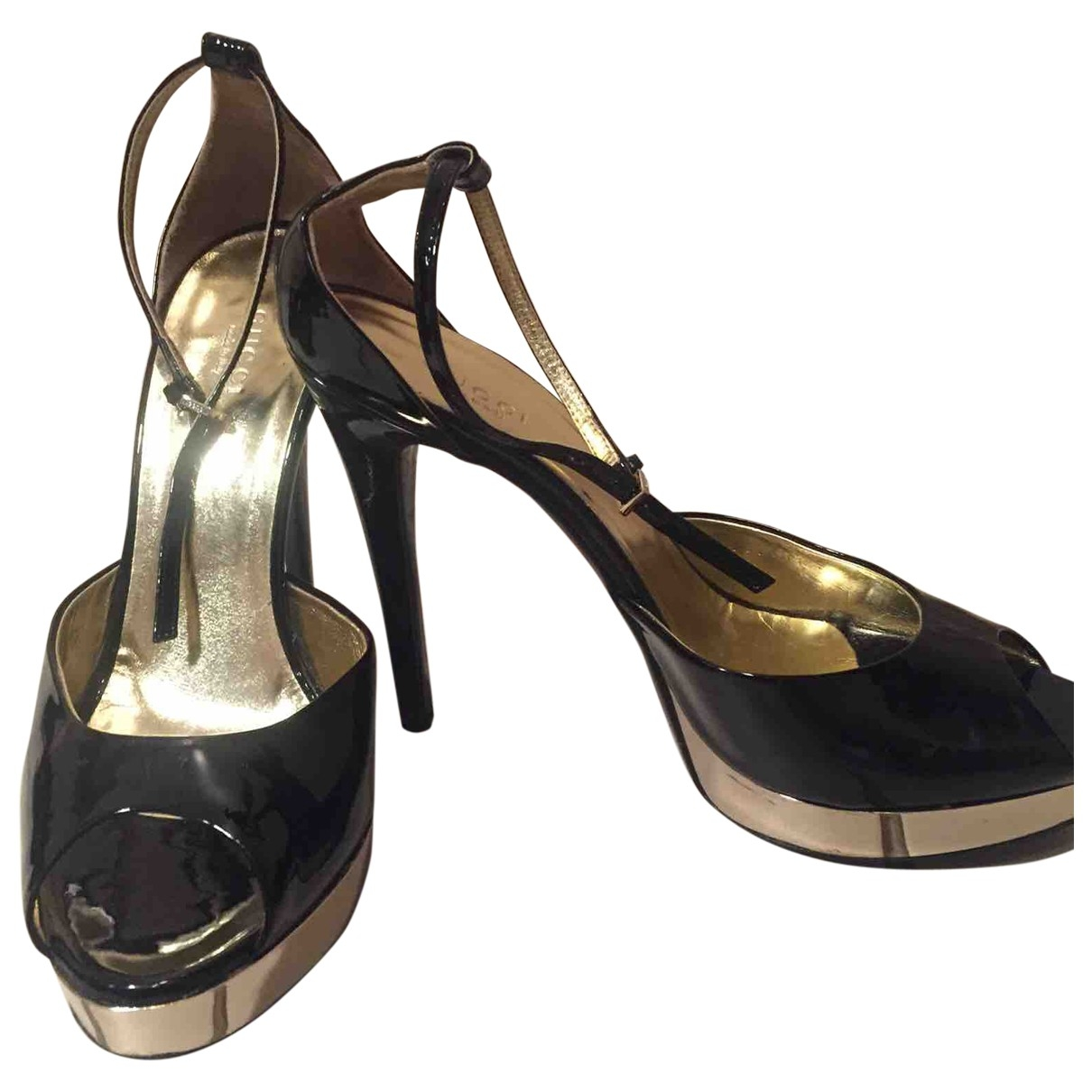 Gucci \N Black Leather Sandals for Women 38 EU
