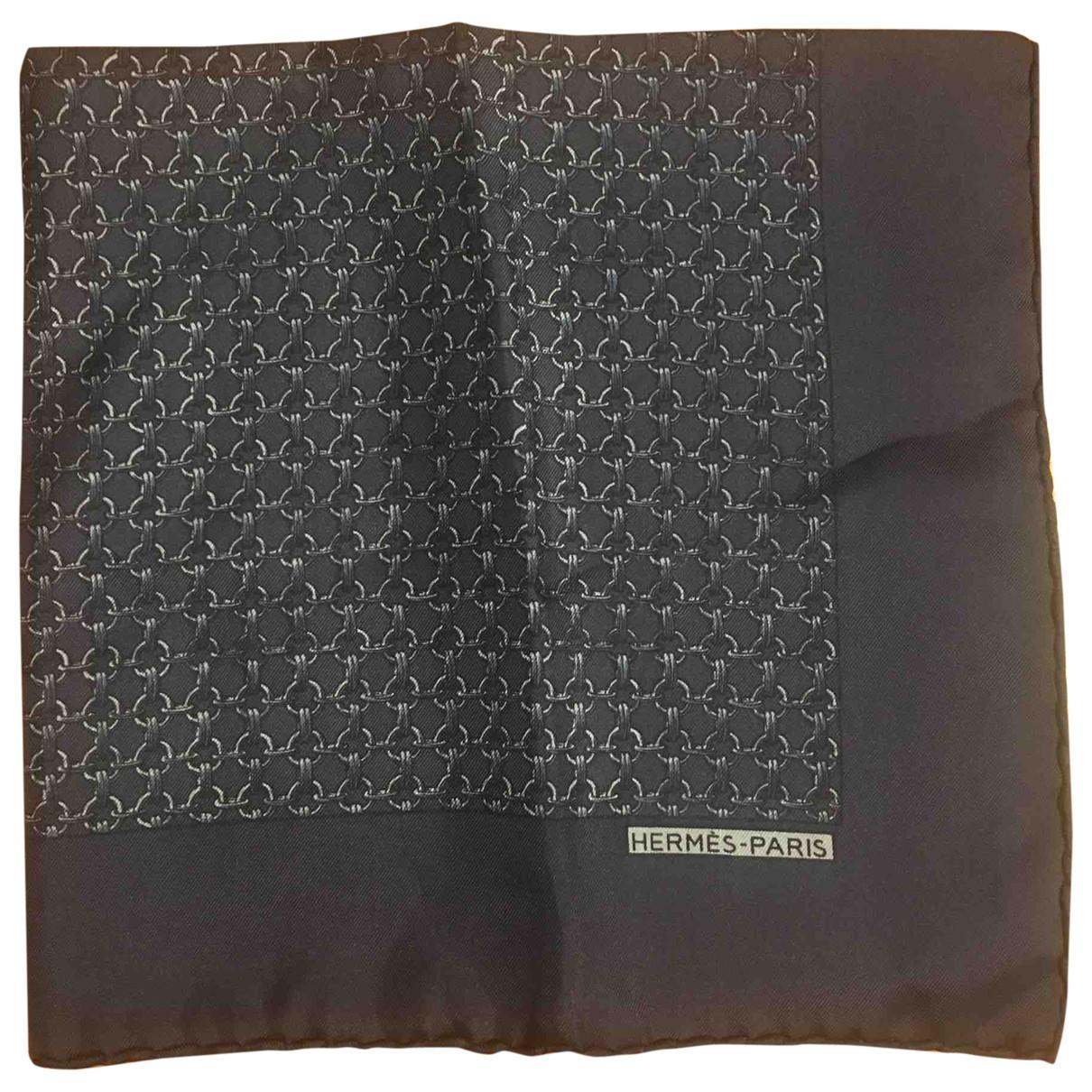 Hermes - Cheches.Echarpes Pochette pour homme en soie - marine
