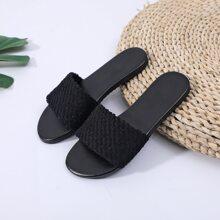 Zapatillas anchas de punta abierta