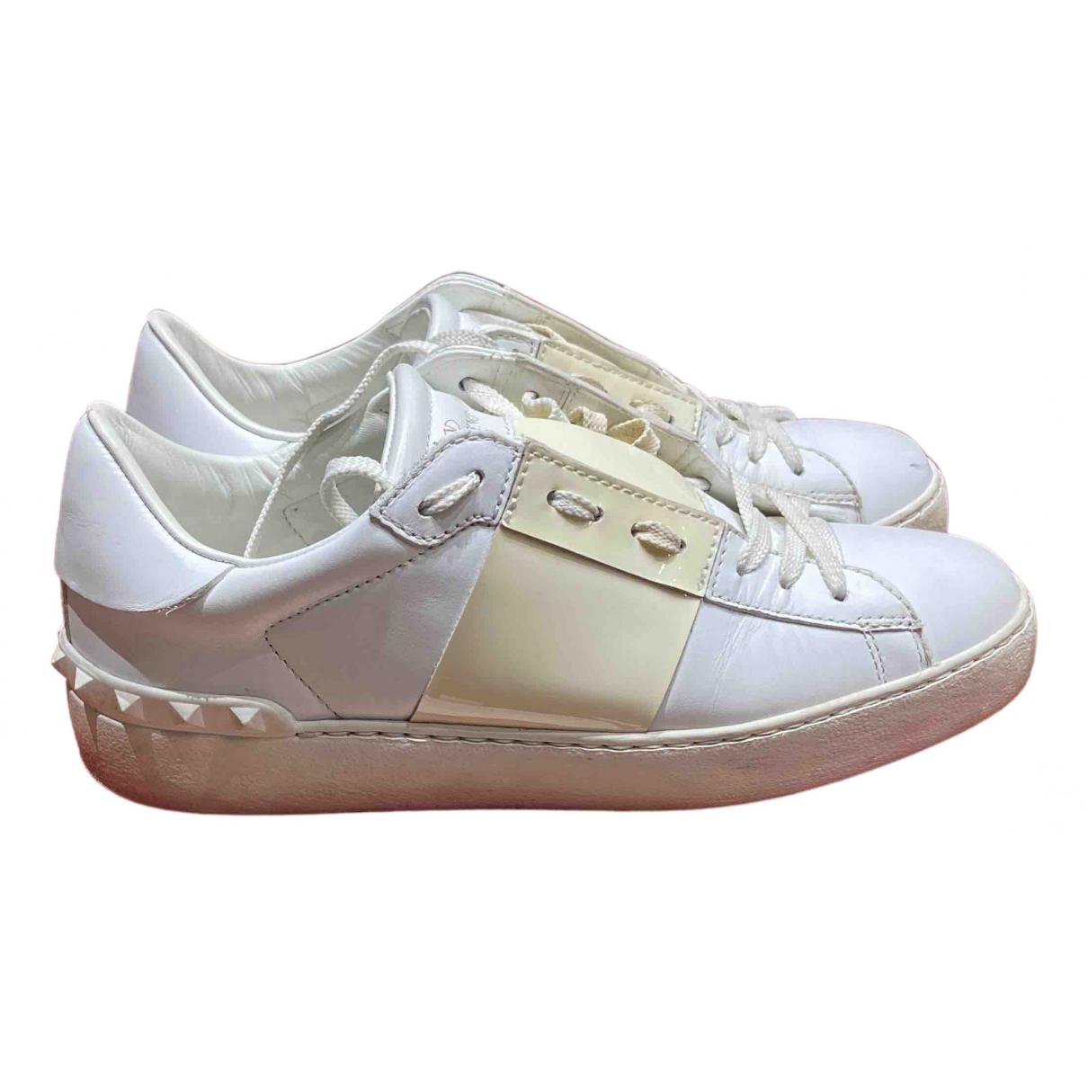 Valentino Garavani \N Sneakers in  Beige Leder