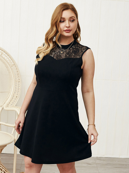 Yoins Plus Size Lace Crew Neck Sleeveless Dress