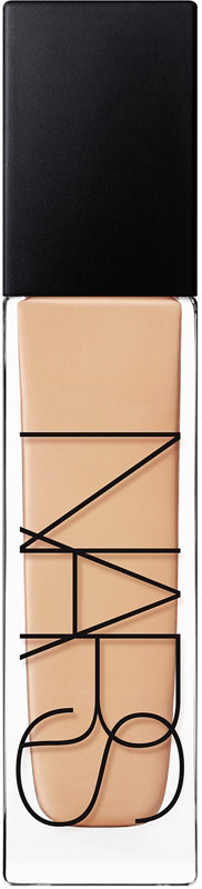 Natural Radiant Longwear Foundation - Patagonia (medium skin w/ subtle peach undertones)