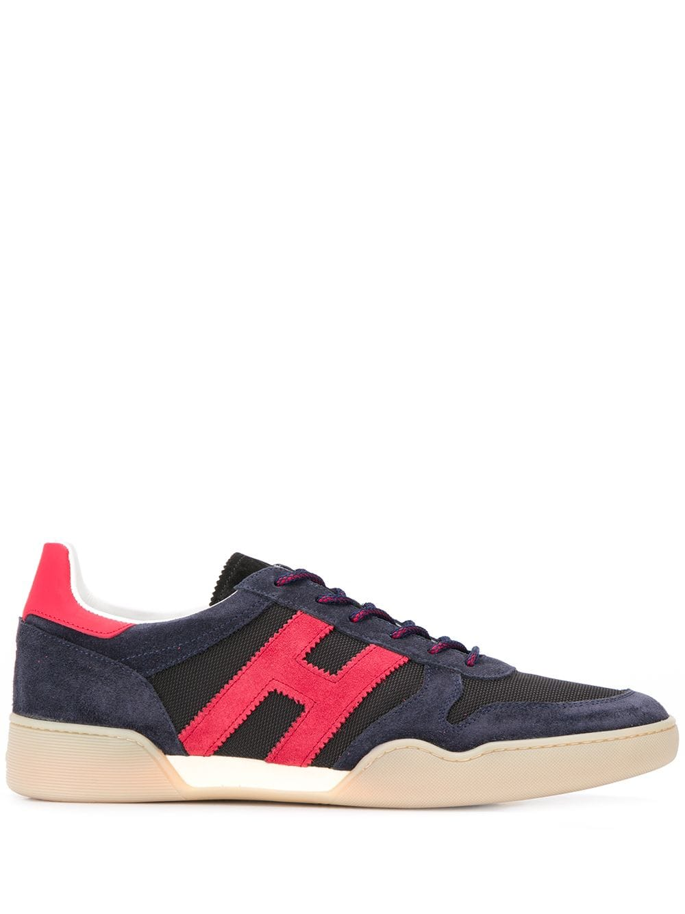H357 Sneakers