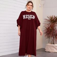 Plus Drop Shoulder Ruffle Cuff Letter Graphic Dress