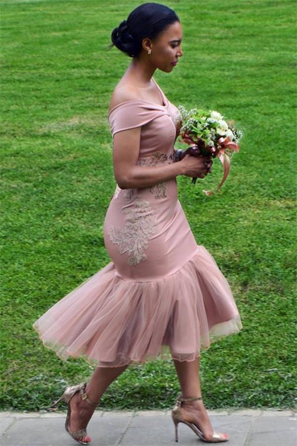 Off The Shoulder Pink vestidos de dama de honor en linea | Apliques de sirena sexy vestido de dama de honor corto 2021 BA9508