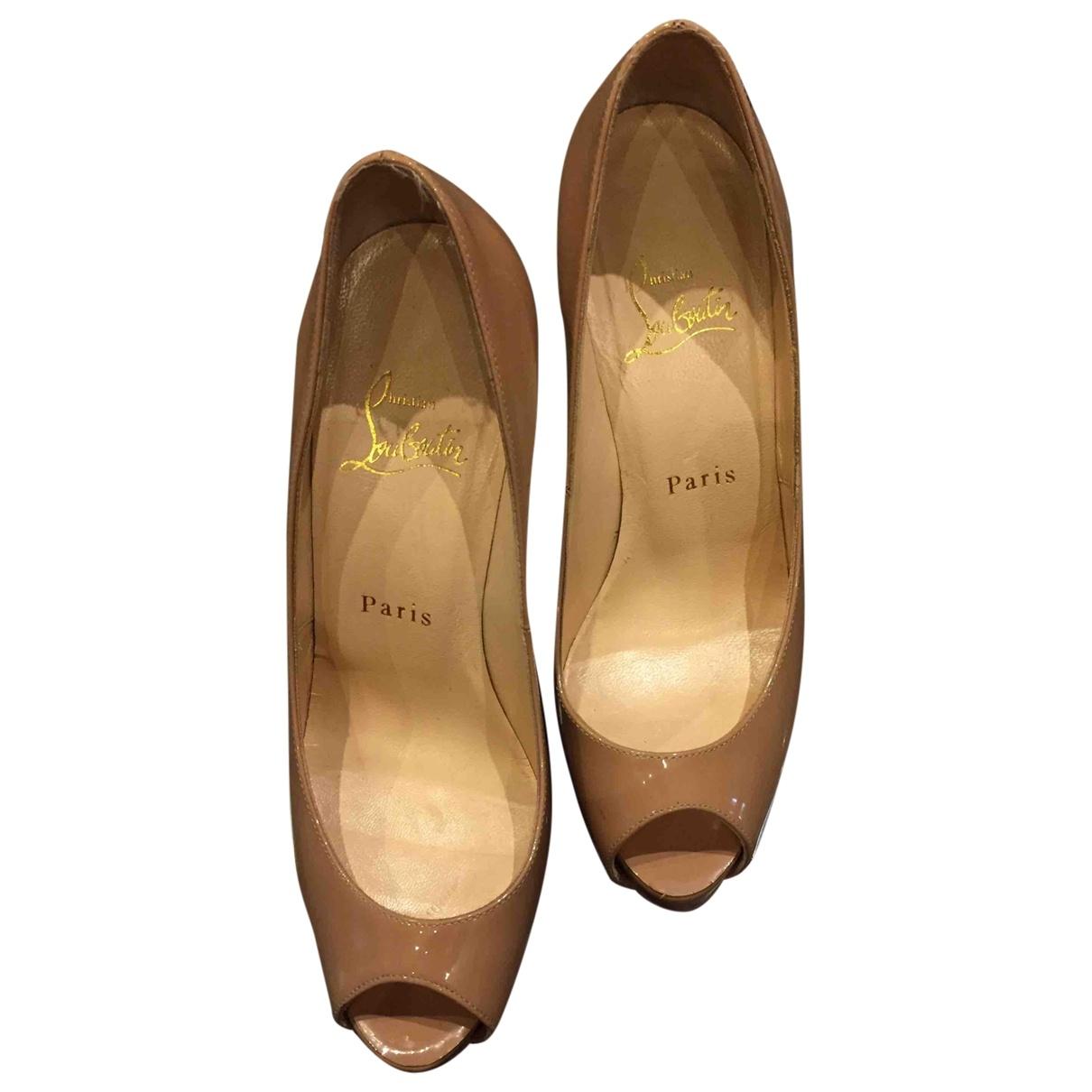 Christian Louboutin \N Beige Patent leather Heels for Women 36.5 EU