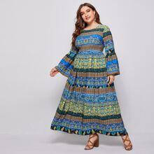 A-Linie Kleid mit Stamm und Geo Muster