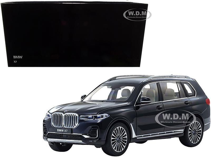 BMW X7 Carbon Black 1/18 Diecast Model Car by Kyosho