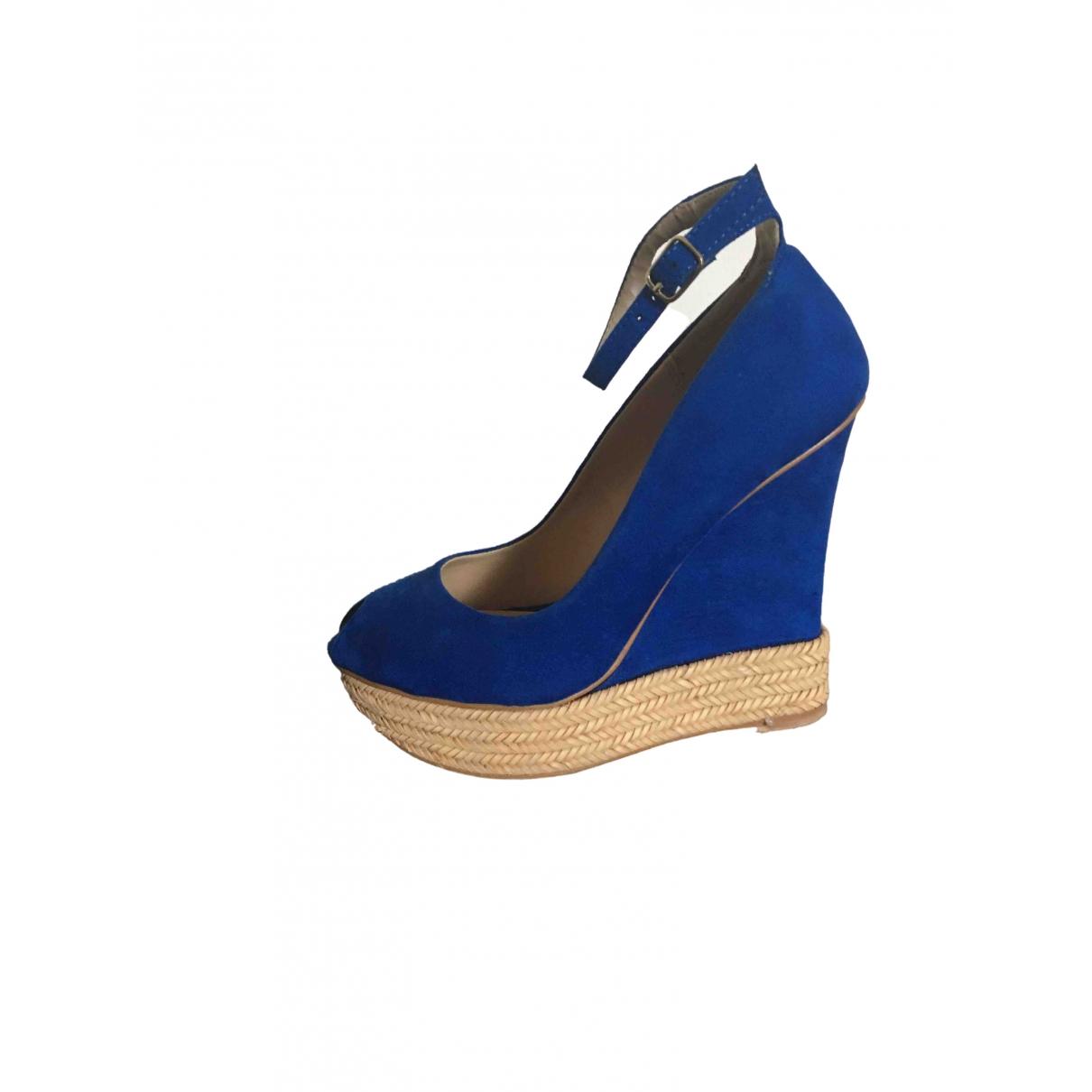 Zara \N Espadrilles in  Blau Veloursleder