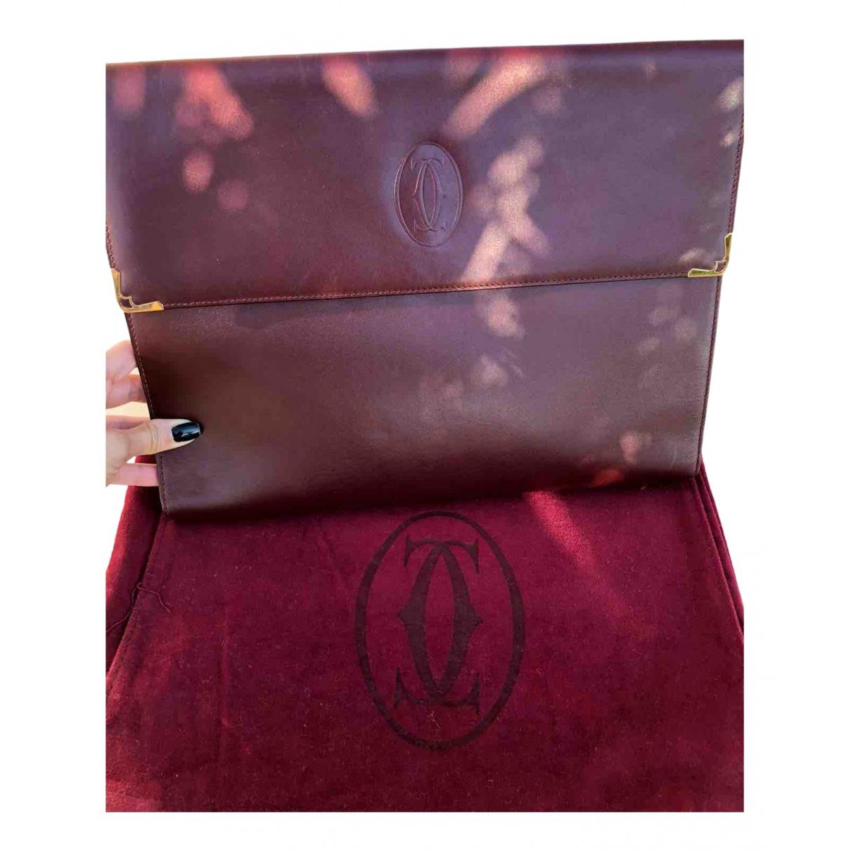 Cartier \N Clutch in  Bordeauxrot Leder