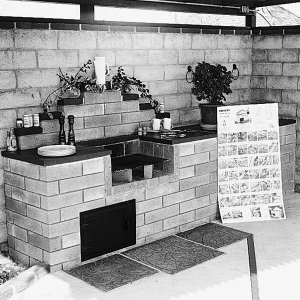 Woodworking Project Paper Plan to Build Barbecue, Plan No. 162