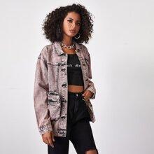 Lange Denim Jacke mit sehr tief angesetzter Schulterpartie und Taschen