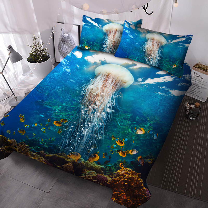 3D Jelly Fish Microfiber No-Fading Comforter Set 3Pcs Soft Lightweight Comforter with 2 Pillowcases