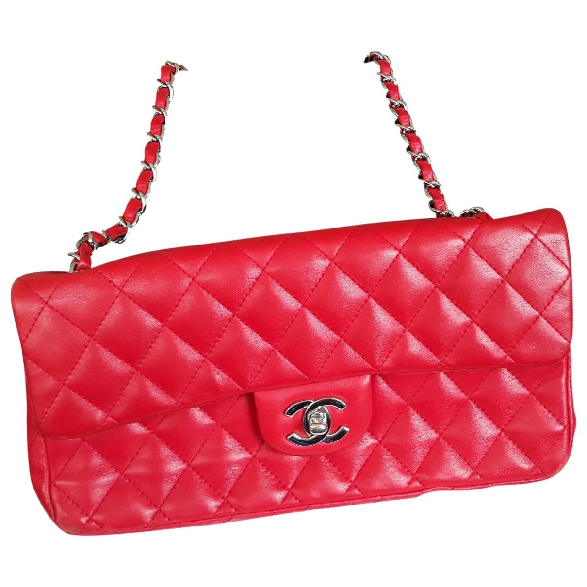 Chanel Timeless/Classique Handtasche in  Rot Leder