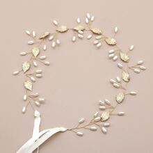 Faux Pearl & Leaf Detail Hair Accessory