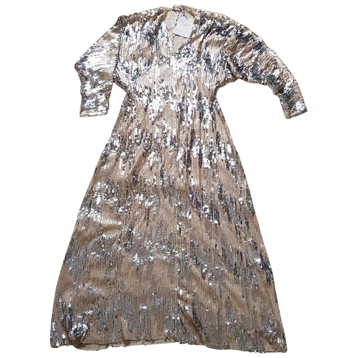 Maxi vestido de Con lentejuelas Zara