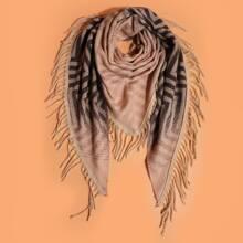 Schal mit Chevron Muster