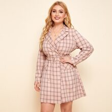 Kleid mit eingekerbtem Kragen, Klappen Detail, doppelten Knopfleisten, Schnalle, Guertel und Karo Muster