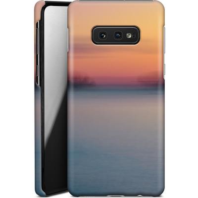 Samsung Galaxy S10e Smartphone Huelle - Sea Sunset Abstract 2 von Joy StClaire