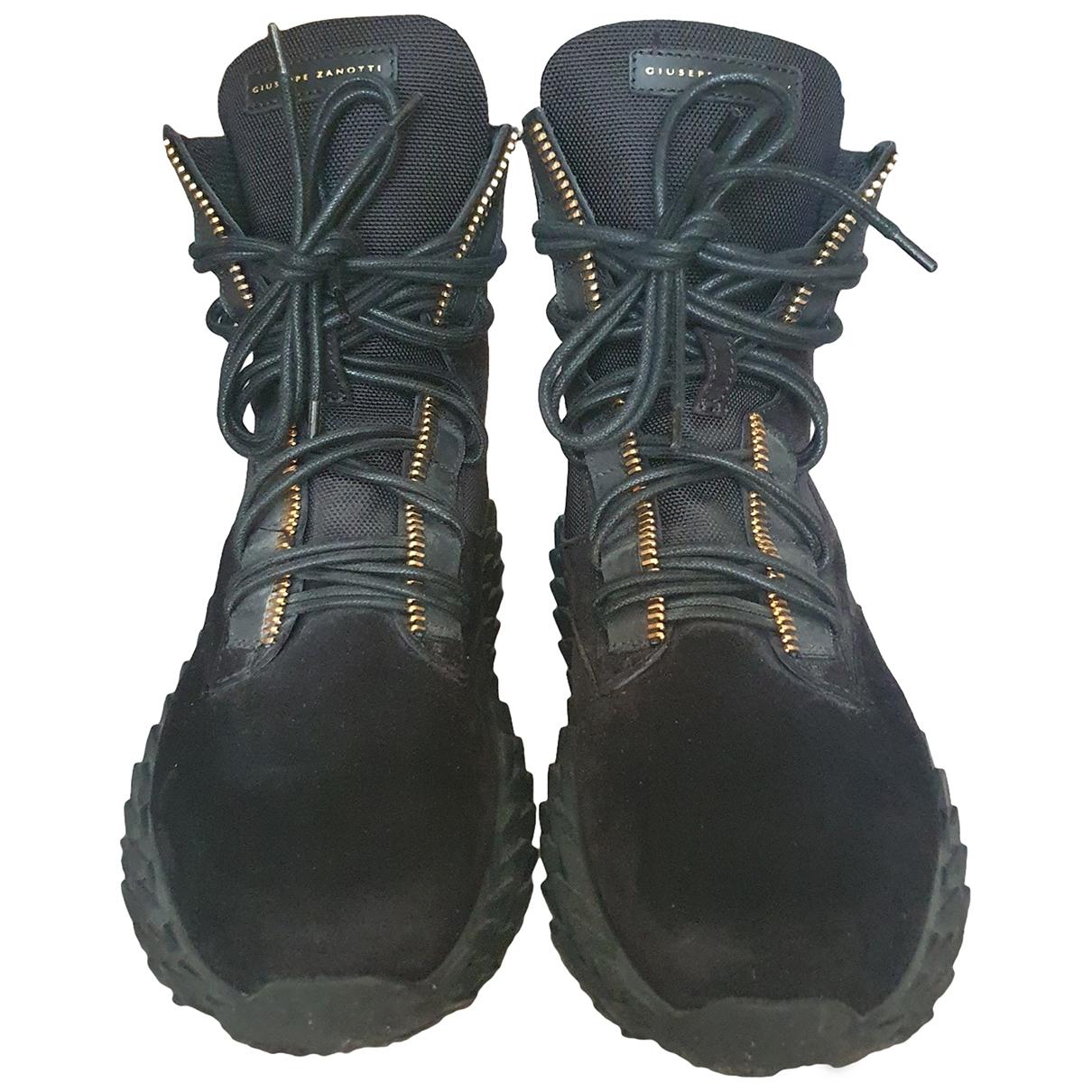 Giuseppe Zanotti - Bottes.Boots   pour homme en velours - noir