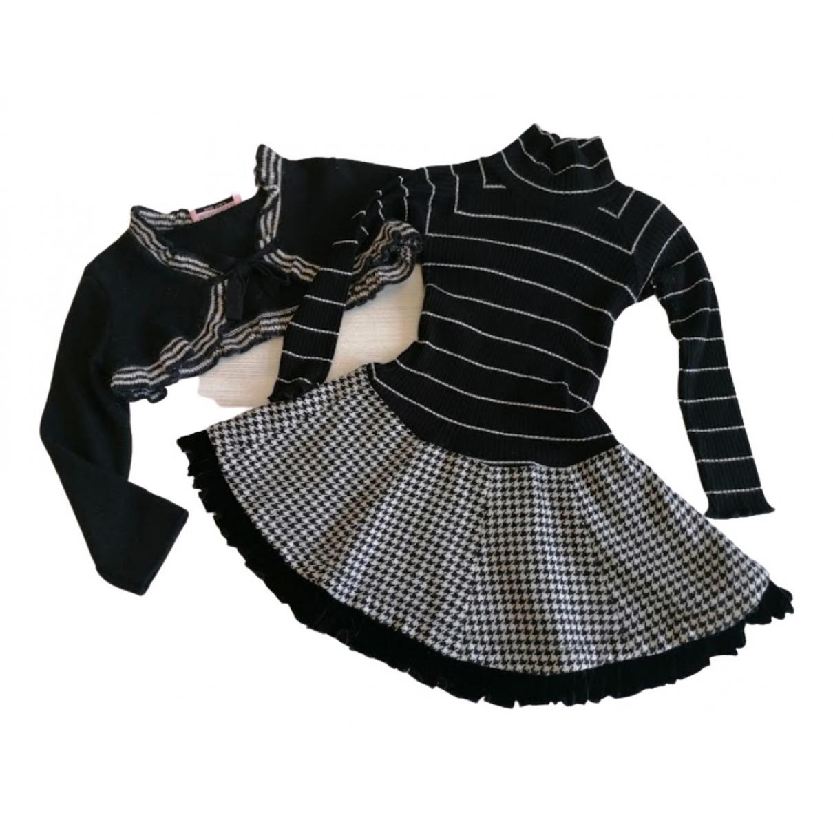 Monnalisa \N Kleid in  Schwarz Viskose