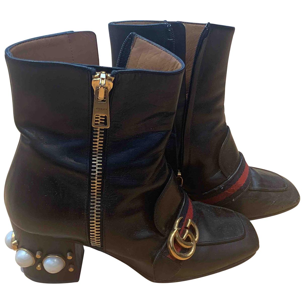 Gucci Marmont Stiefeletten in  Schwarz Leder