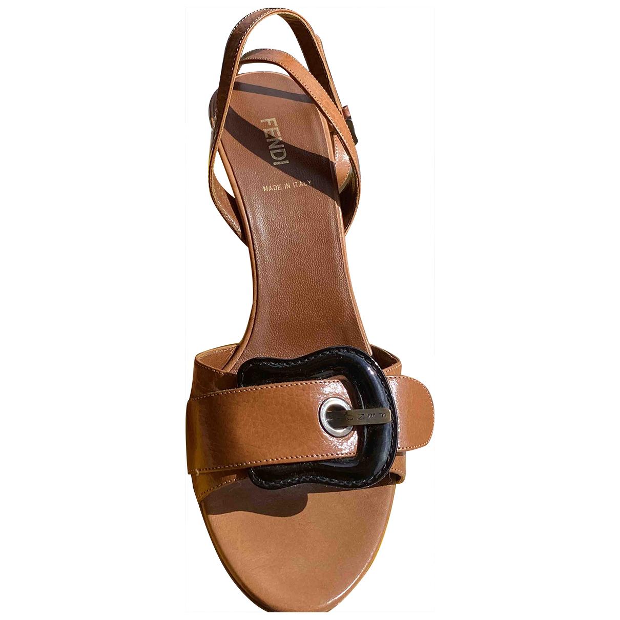 Fendi - Sandales   pour femme en cuir - camel