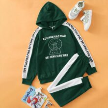 Boys Slogan & Graphic Print Hoodie and Contrast Sideseam Sweatpants Set