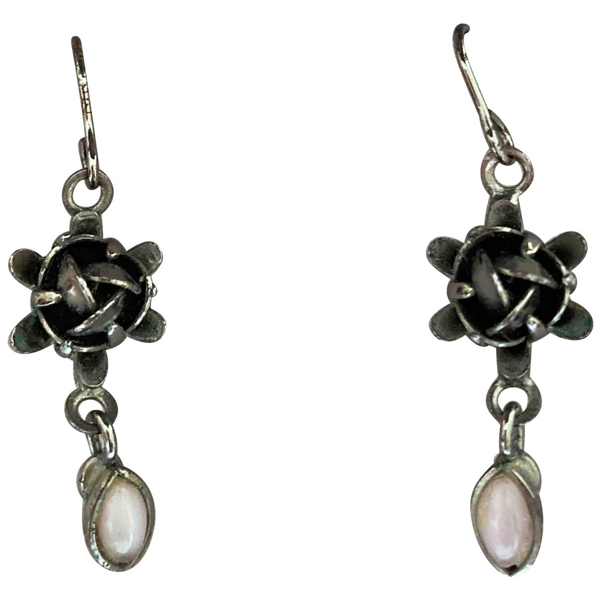 Non Signé / Unsigned Motifs Floraux Silver Metal Earrings for Women N