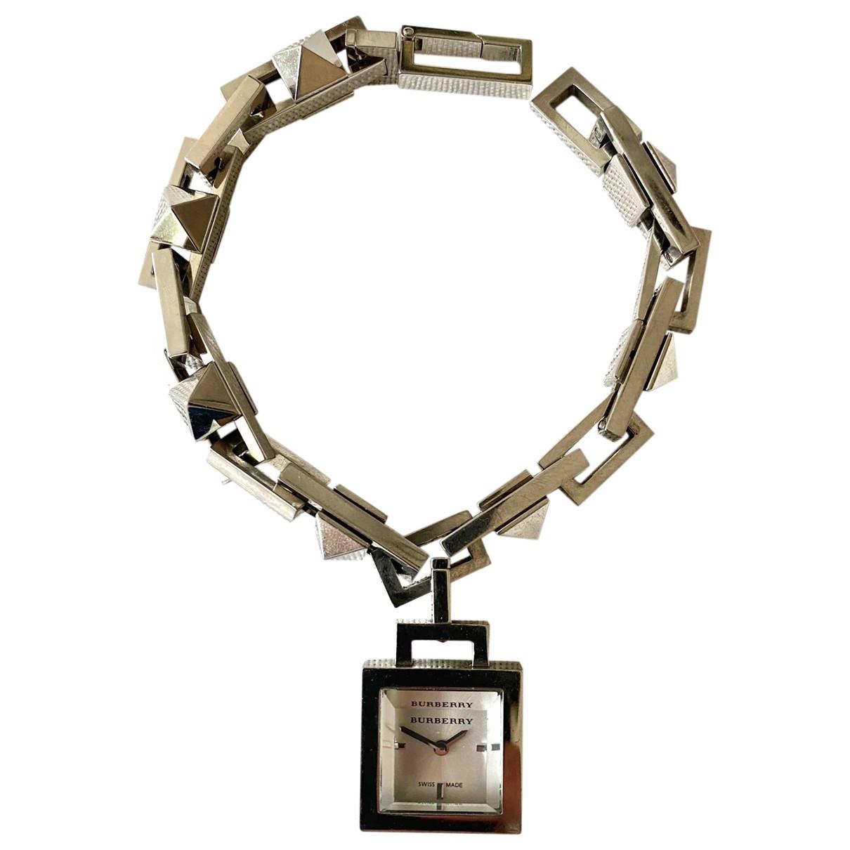 Burberry \N Uhr in  Metallic Stahl