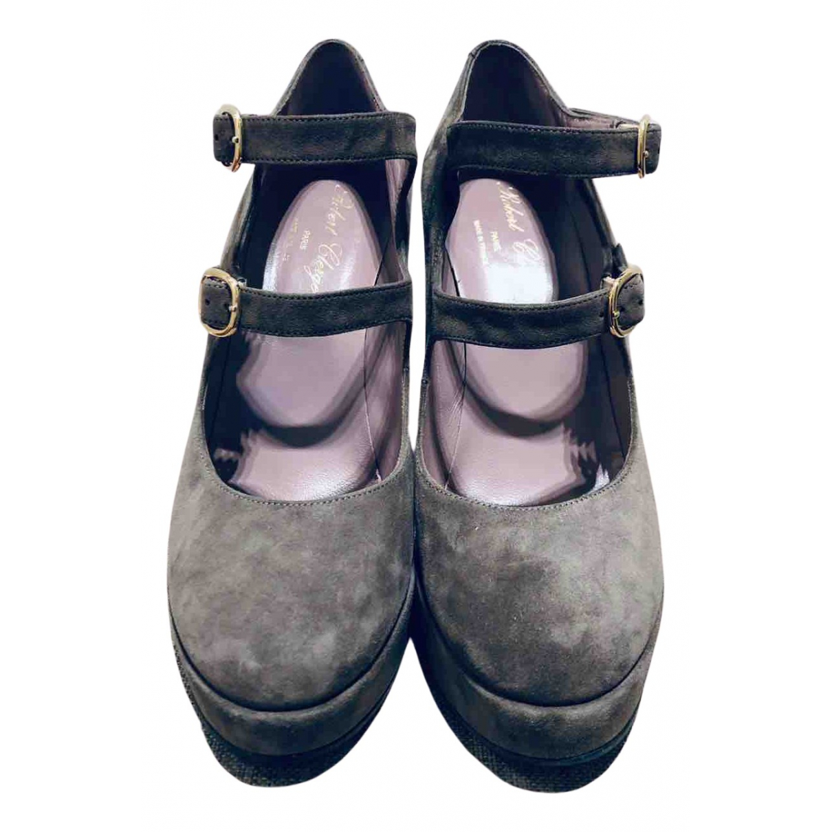 Robert Clergerie N Grey Suede Sandals for Women 38 EU