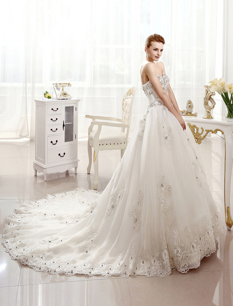 Milanoo Bridal Dresses Strapless Ivory Lace Applique Wedding Dress For Bride Sweetheart Neck Crystal Beaded Chapel Train Wedding Gown
