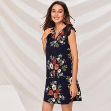 Notch Neck Guipure Lace Sleeve Floral Dress