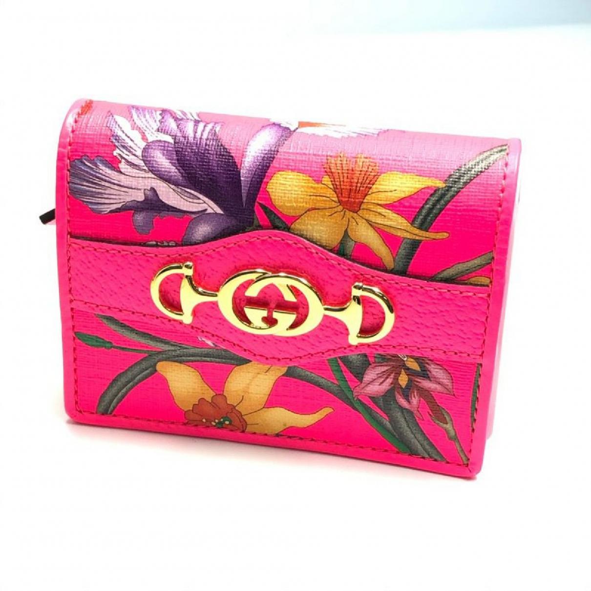 Gucci \N Portemonnaie in  Rosa Kunststoff