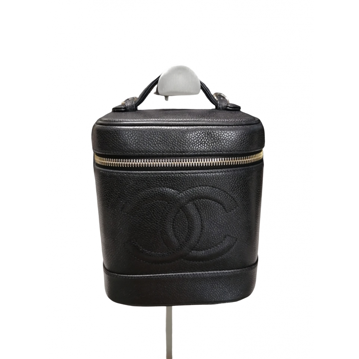 Chanel Vanity Black Leather handbag for Women \N