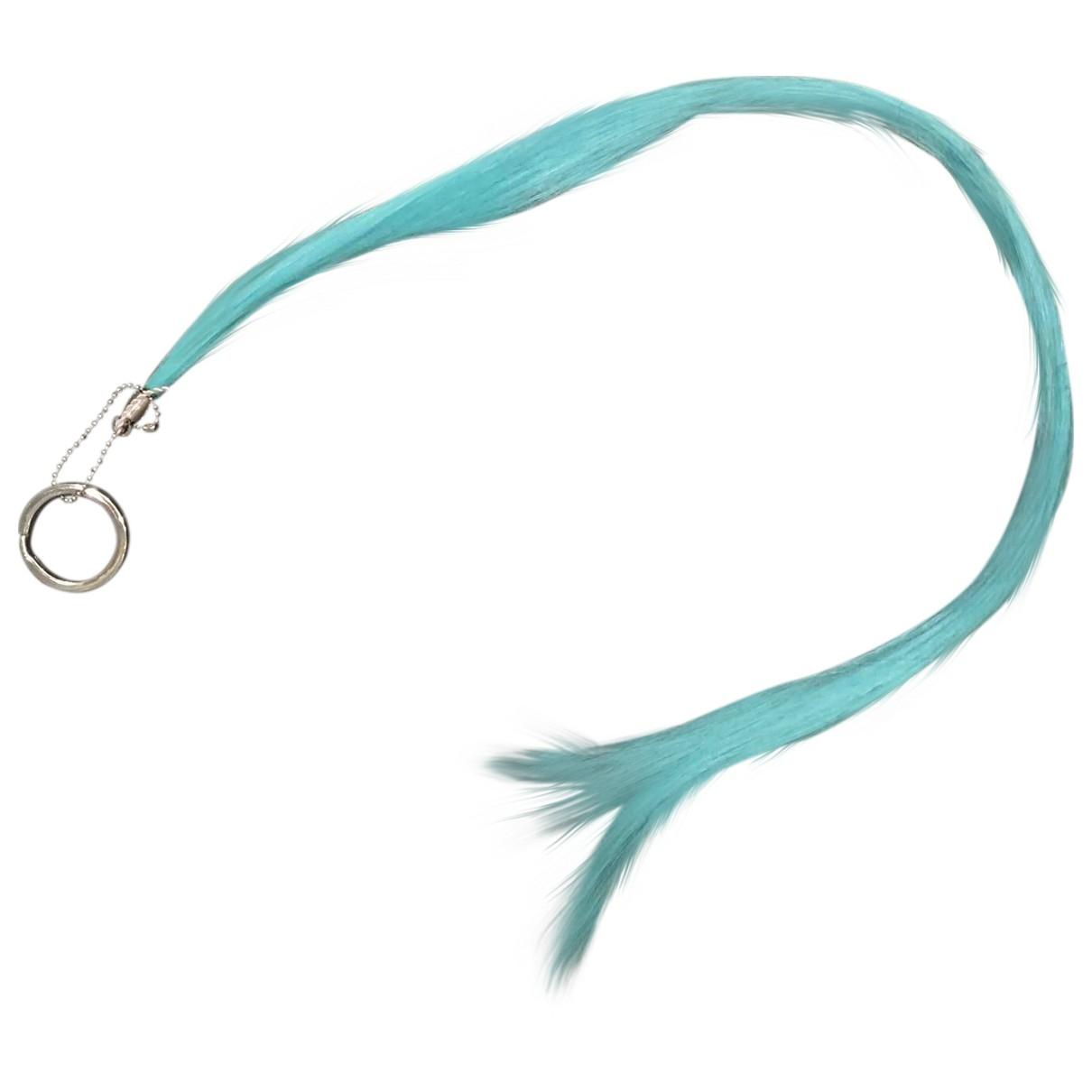Maison Martin Margiela - Bijoux de portable   pour femme en fourrure synthetique - bleu