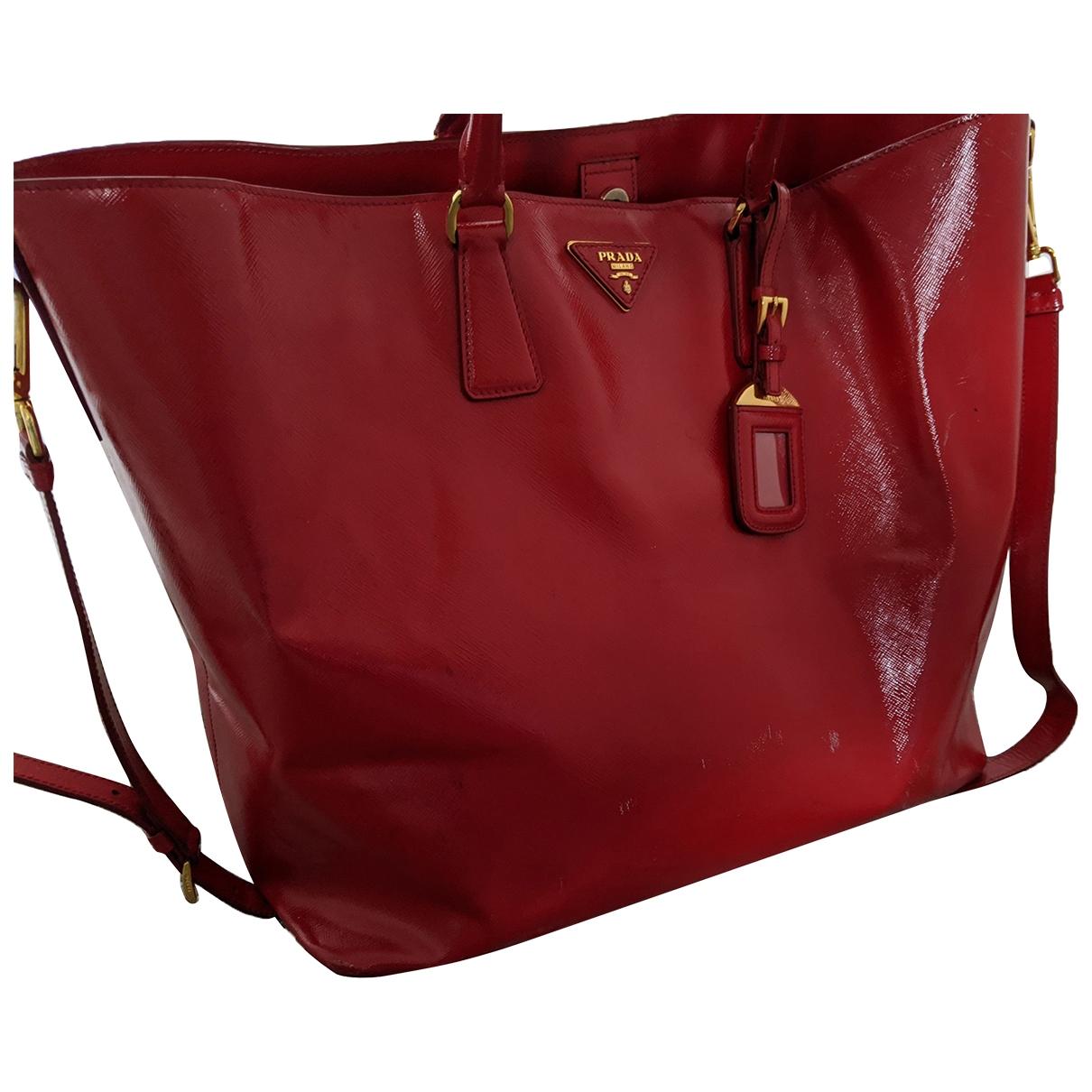 Prada \N Red Patent leather handbag for Women \N