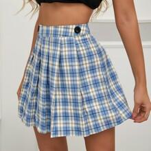 Buttoned Detail Boxy Pleated Tartan Skirt