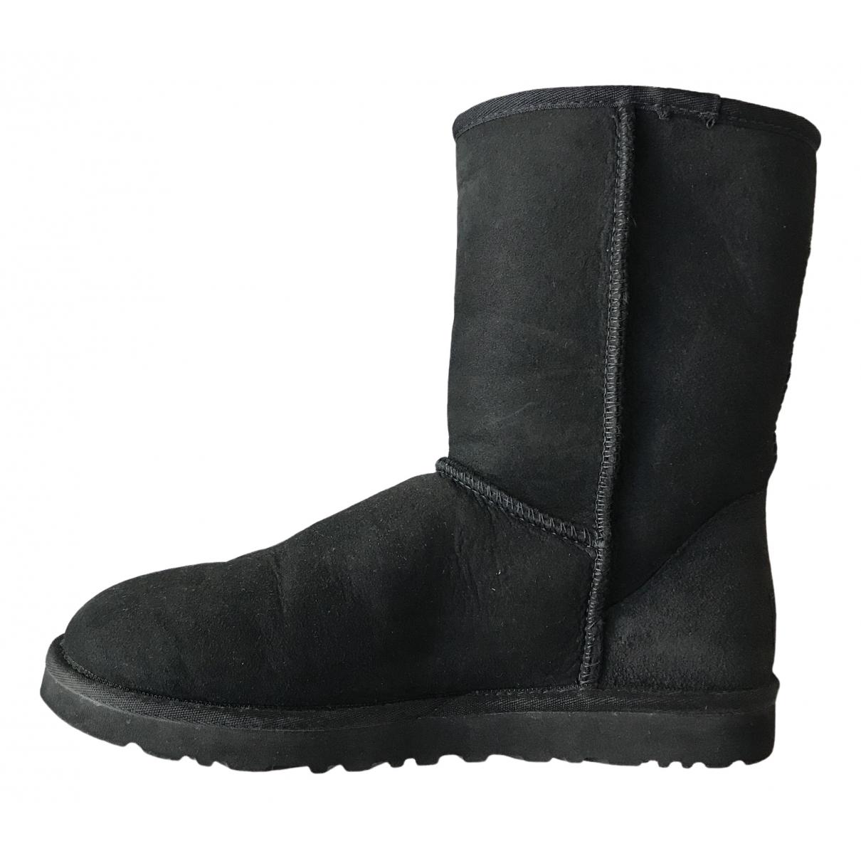 Ugg - Bottes.Boots   pour homme en suede - noir