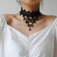Lace Choker With Hollow Out Charm