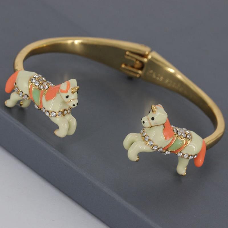 Creative Unicorn Animals Design Enamel Glaze Women Bangle