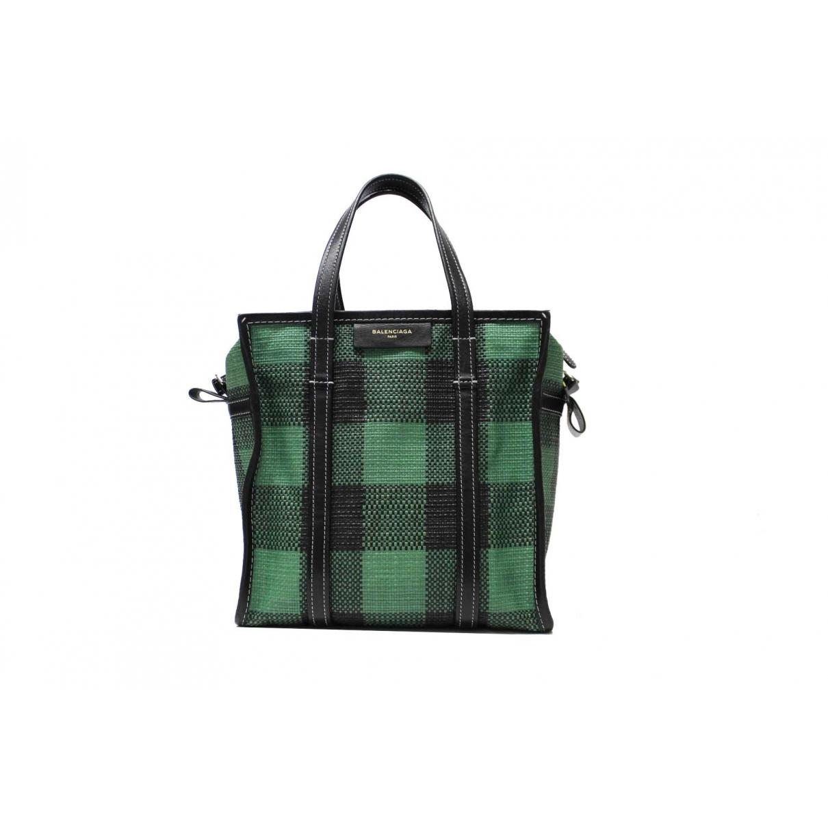 Balenciaga \N Handtasche in  Gruen Leinen